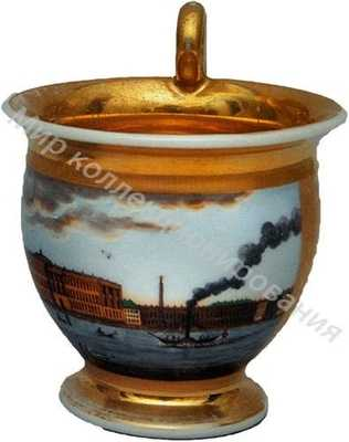 Чашка с блюдцем с видом на Академию художеств