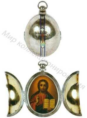 Подвеска, выполненная в форме пасхального яйца с изображением Христа Вседержителя
