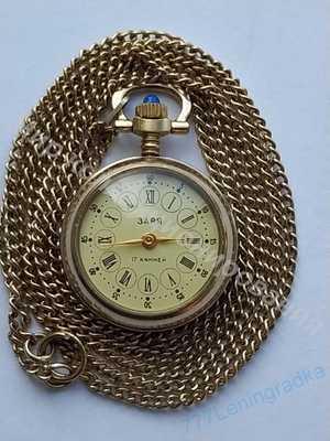Женские механические часы ЗАРЯ Позолоченные Au 1500
