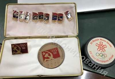 Олимпиада 88 Калгари . Медаль , знаки