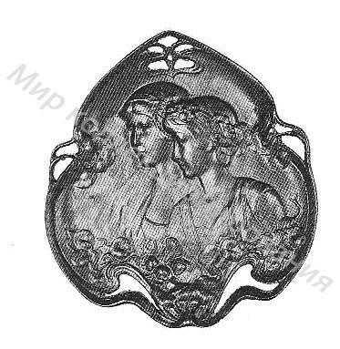 Декоративная тарелка с рельефом двух женских головок в цветах настурции