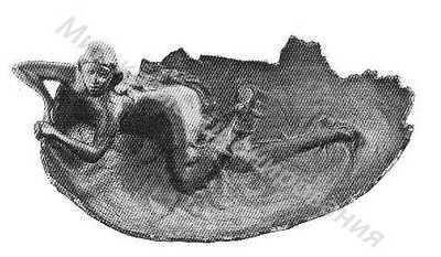 Пепельница Женщина на яичной скорлупе